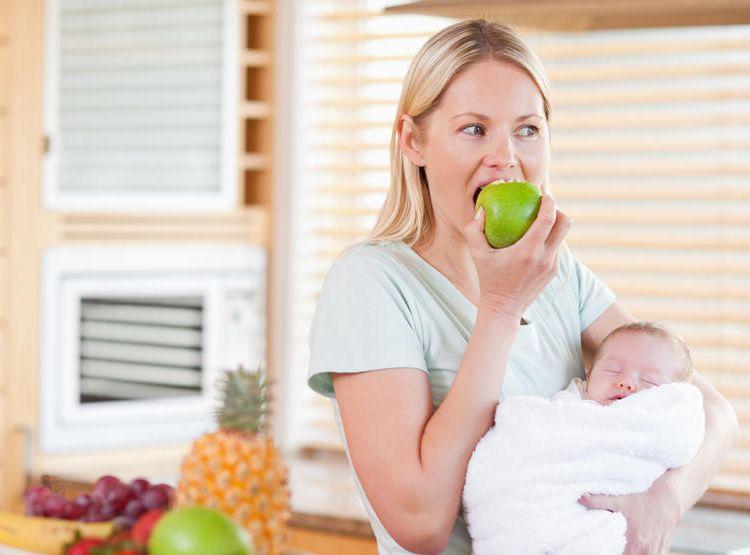 nutritia mamei care alapteaza